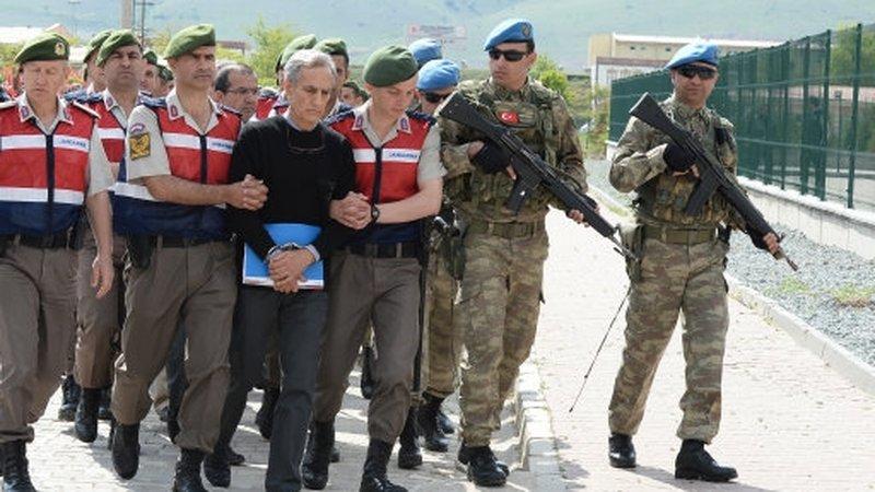Le plus grand procès de putschistes débute — Turquie