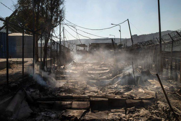 incendie camp migrants