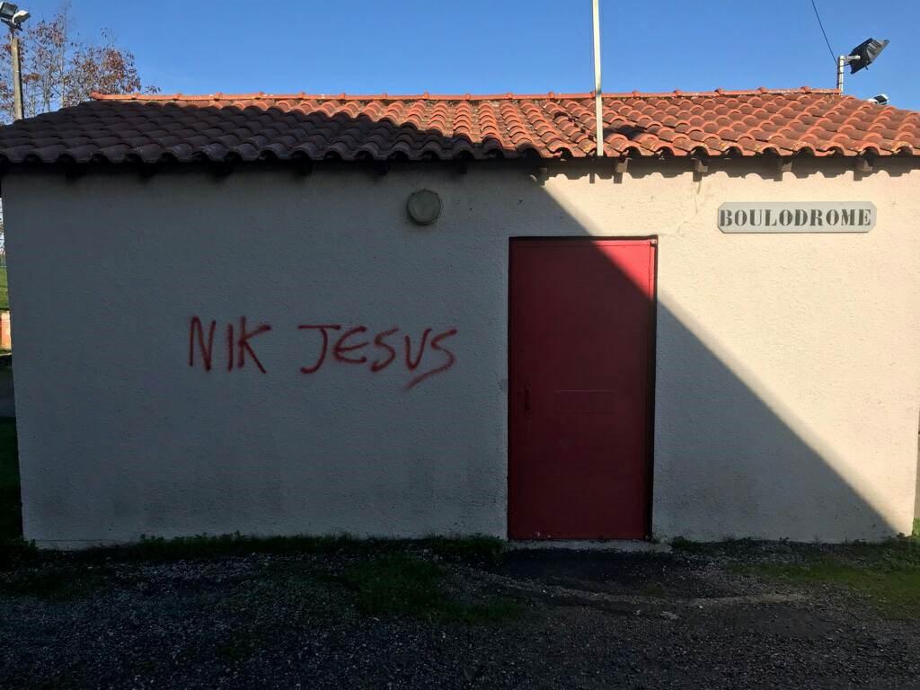 Nik Jésus