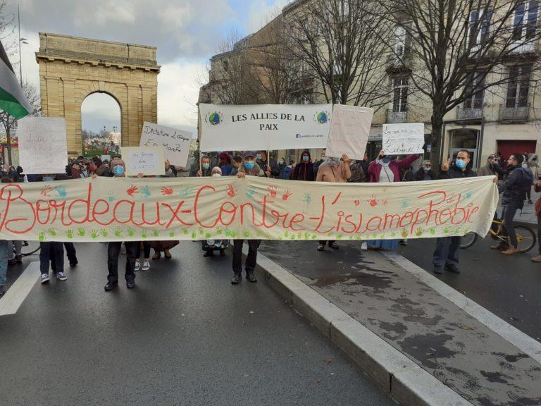 Manifestations interpellations islamophobie