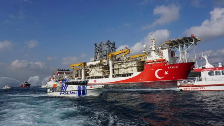 Kanuni navire de sondage Méditerranée Turquie
